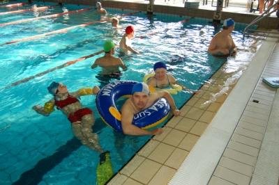 Laboratorio sport and fitness in piscina